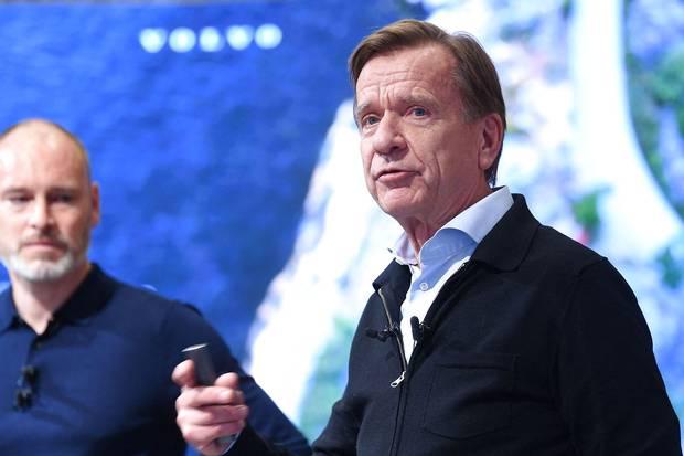 """Selv hvis rygtet om, at Håkan Samuelsson snart er fortid som adm. direktør i Volvo Cars, skulle vise sig at være en and, kan det stadig få nogle investorer til at """"bremse op"""", vurderer analytiker forud for selskabets børsnotering."""